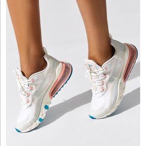 Nike 270 React Women's 8
